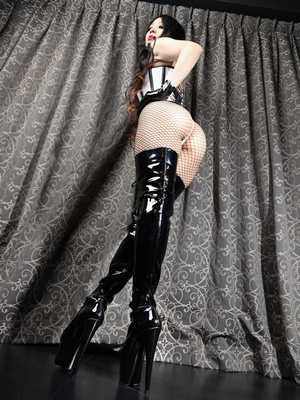 Mistress Saran